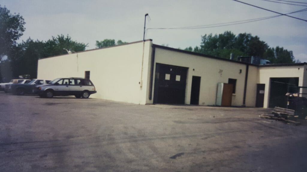 Pioneer Plastics was founded in 1985 by Minou Hussain in a small garage like facility.